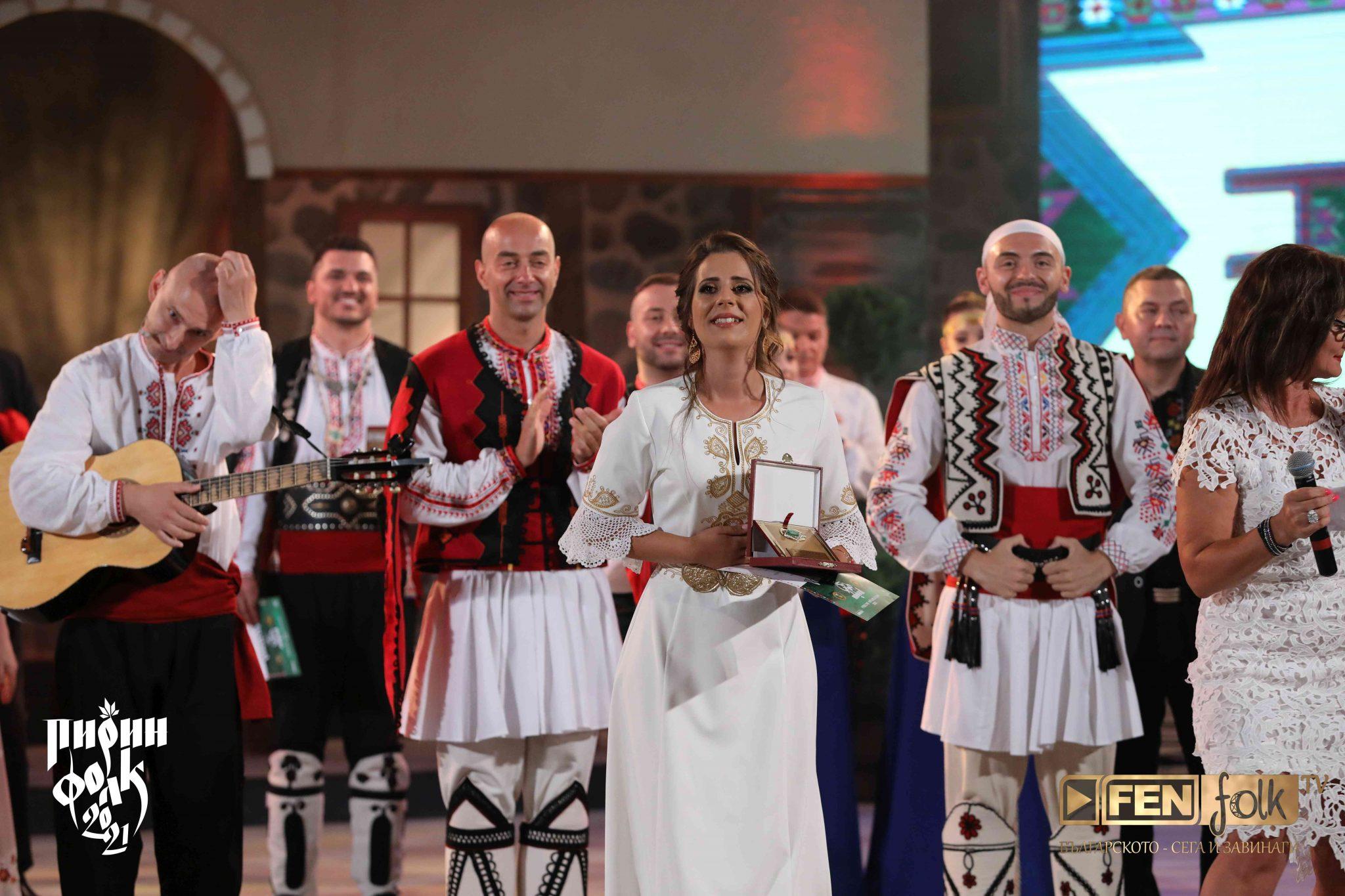 2 награда Фестивално жури - Радостина Николова 2